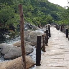 Auf den Weg zu den Likhubula Falls bei Mulanje